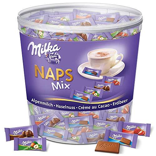 Milka Naps Mix 1 x 1kg Dose, Zartschmelzende Mini-Schokoladentäfelchen aus Alpenmilch, Erdbeer, Haselnuss und Crème au Cacao