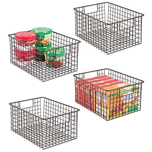 mDesign 4er-Set Allzweckkorb aus Metalldraht – portabler Aufbewahrungskorb für die Küche, Vorratskammer etc. – kompakter und universeller Drahtkorb mit Griffen – bronzefarben