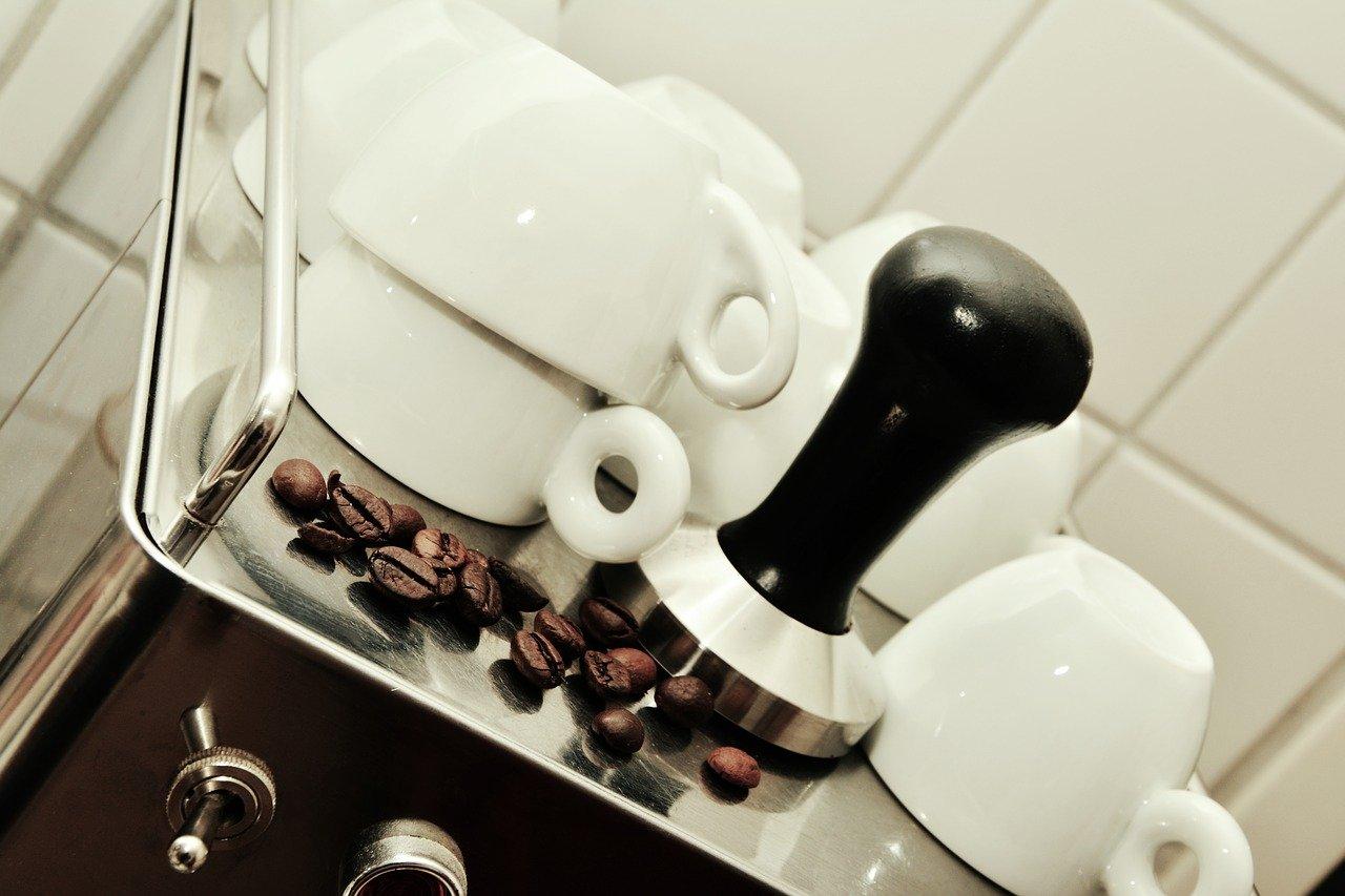 Kaffeevollautomat als automatische Kaffeemaschine