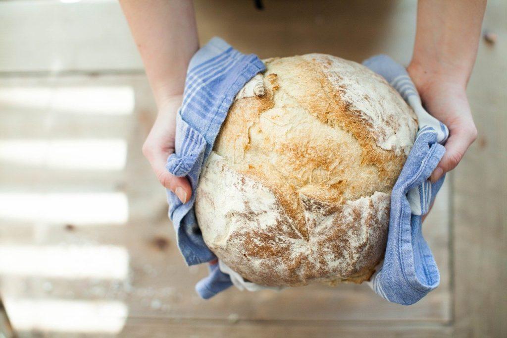 Brotmesser für selbstgebackenes Brot